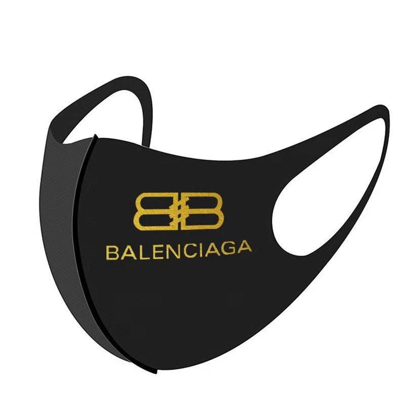 バレンシアガ マスク